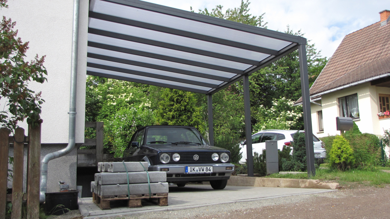 Carport metallgestaltung metallbau treppenbau innovativ for Stahlbau carport